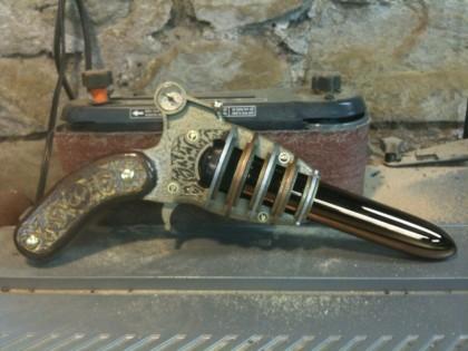 Steampunk Vibrator Pistole, Erotische medizinische Untersuchungen