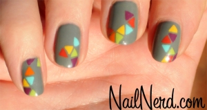 triangle-pattern-nail-art