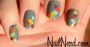 triangle-pattern-nail-art