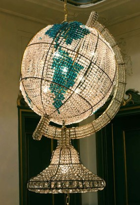 The-bohemian-crystal-chandeliers-comes-with-globe-shape